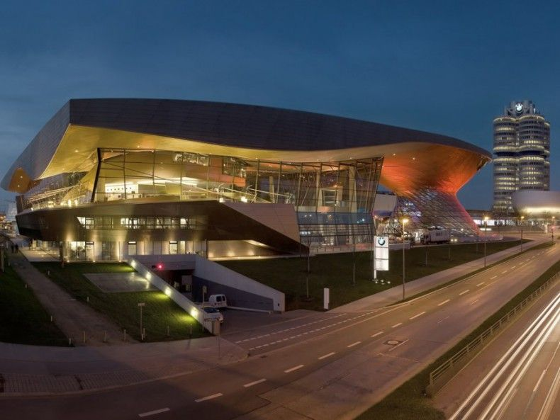 503614 bmw world in munich germany has a distinctive double cone it is used both as an exhibition hall and also for getting cars to new customers ΜΟΥΣΕΙΑ