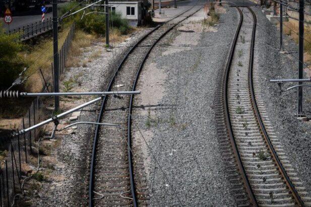 treno 768x512 617x411 ΦΘΙΩΤΙΔΑ ΤΡΕΝΟ