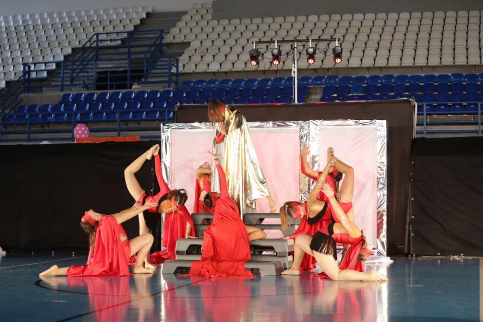 6 5 ΣΤΥΛΙΔΑ ΠΑΣΧΑ 2020 LITTLE WOMANS CLUB